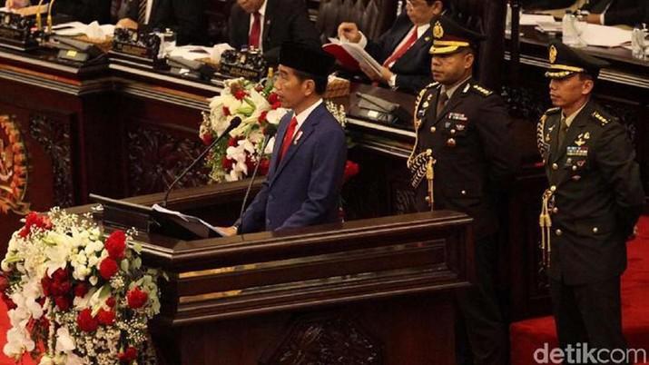 Usai bilang kejayaan minyak RI selesai, kini Jokowi sebut ingin keluar dari kutukan SDA
