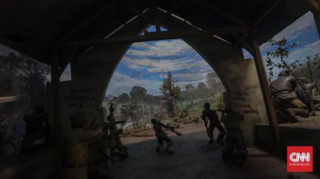 Perlawanan telah dilakukan dari jaman kerajaan walaupun masih bersifat kedaerahan, bangsa Indonesia berjuang untuk menjadi bangsa yang berdaulat di tanah airnya sendiri.(CNN Indonesia/Adhi Wicaksono)
