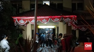Penyerang Polisi di Surabaya Diduga Terlibat Jaringan Teroris