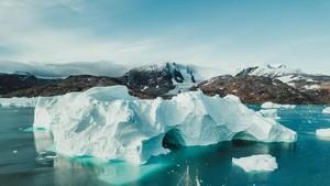 Ilmuwan NASA Teliti Faktor Es Mencair di Greenland