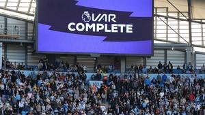 Man City Gagal Menang, Guardiola Anggap VAR Tak Berguna