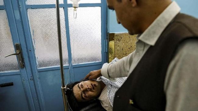 Gerilyawan secara berkala menyerang sejumlah pesta pernikahan di Afghanistan. (REUTERS/Mohammad Ismail)