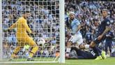 Sergio Aguero sempat membuat Manchester City unggul 2-1 atas Tottenham Hotspur pada pada menit ke-35. (AP Photo/Rui Vieira)