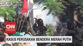 VIDEO: Sempat Tegang, Polisi Tangkap 43 Penghuni Asrama Papua