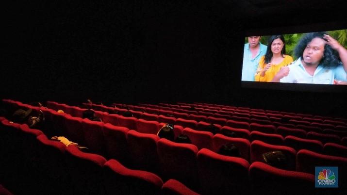 Bioskop jaringan XXI yang berada di kawasan Taman Ismail Marzuki (TIM), Jakarta, akan berhenti beroperasi mulai Senin (19/8) besok. Rencananya, bangunan bioskop XXI ini masuk dalam proyek revitalisasi TIM. (CNBC Indonesia/Andrean Kristianto)