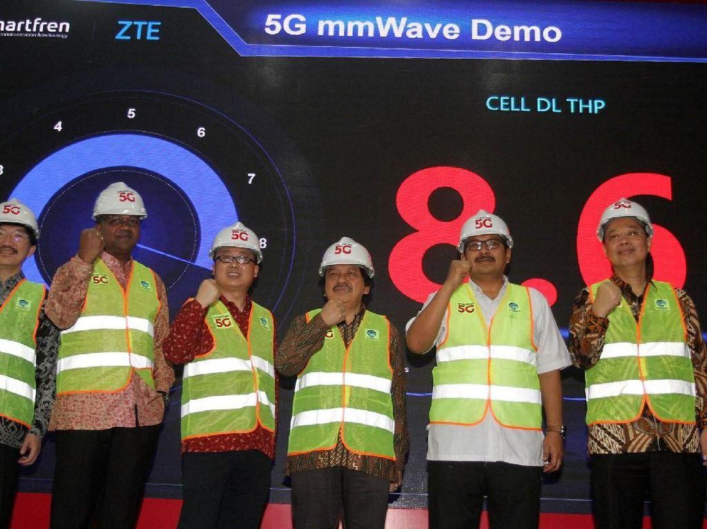 Sebelumnya, Smartfren dan ZTE telah menandatangani perjanjian untuk perluasan jaringan berteknologi 4G serta uji coba jaringan 5G di Indonesia Mei 2019. Istimewa/Smartfren.