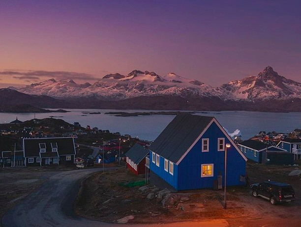 Pesona Greenland, Pulau yang Disinari Matahari 2 Bulan