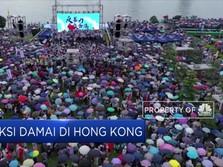 Tolak Rusuh, Warga Hong Kong Gelar Aksi Damai