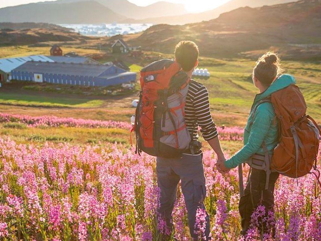 Greenland memang teritori milik Denmark, tapi bisa dibilang mereka punya pemerintahan otonom sendiri. Denmark memberi subsidi sehingga seluruh warga mendapatkan fasilitas kesehatan, pendidikan dan pensiun secara cuma-cuma. Foto: Instagram