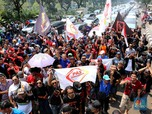 Ratusan Driver Taksi Online Protes Perluasan Ganjil-Genap