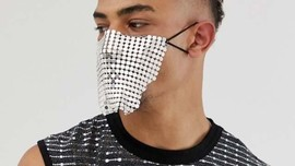 Buat Masker 'Bolong-bolong,' Asos Dikecam Warganet