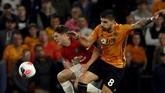 Wolverhampton Wanderers tampil lebih agresif pada babak kedua dan berani menekan MU. (AP Photo/Rui Vieira)