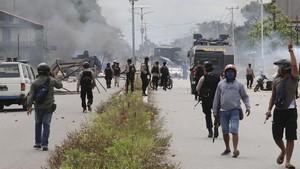 Bupati Puncak Minta Aparat Keamanan Ditarik Usai Baku Tembak