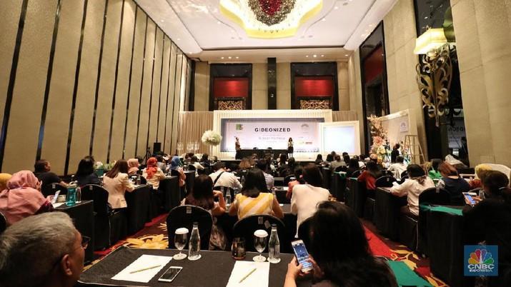 Trans Luxury Hotel Hadirkan Master Perangkai Bunga Dunia