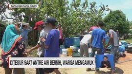 VIDEO: Ditegur Saat Antre Air Bersih, Warga Mengamuk
