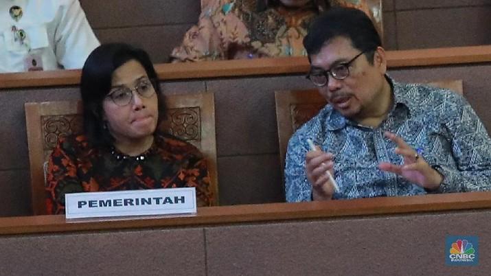 Menteri Keuangan Sri Mulyani Indrawati menghadiri rapat bersama anggota DPR mengenai pandangan umum fraksi-fraksi atas RUU tentang RAPBN 2020 (CNBC Indonesia/Muhammad Sabki)