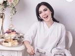 Wow, Harga Kalung Penyanyi Syahrini Buat Netizen Sesak Nafas