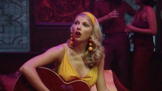 Taylor Swift Disindir soal Jadwal Nyanyi di Acara Pacuan Kuda