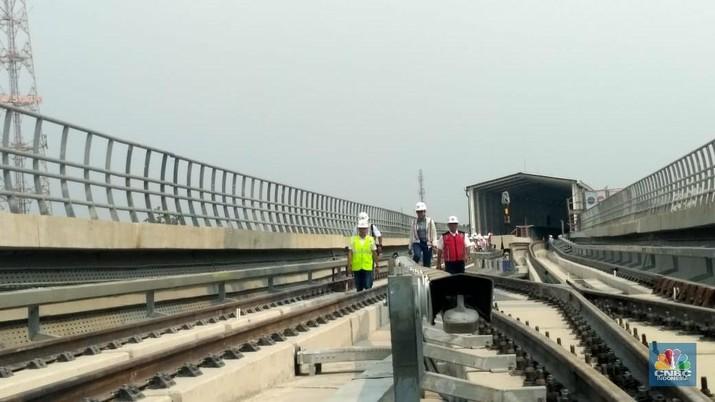 Maaf! LRT Cibubur-Cawang Tak Jadi Operasi Akhir Oktober