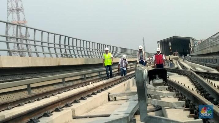 LRT Pakai Listrik Berlapis Cegah Kasus MRT Padam Terulang