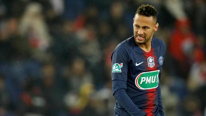 FILE PHOTO: Paris St Germain's Neymar at Parc des Princes, Paris, France - January 23, 2019. REUTERS/Charles Platiau