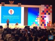 Milenial Hingga Ibu-ibu Simak Petuah Investasi  Lo Kheng Hong