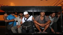 Tiga Penumpang Meninggal dalam Insiden KM Santika Terbakar