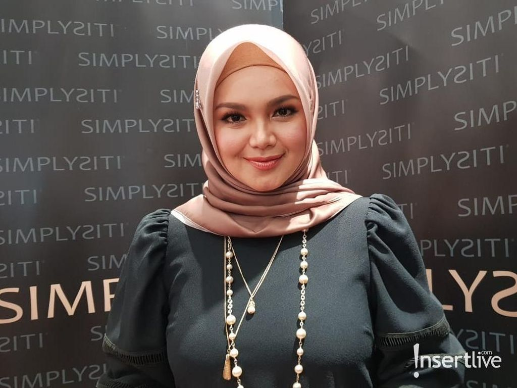 Siti Nurhaliza Tinggalkan Anak Demi Bisnis Produk Kecantikan