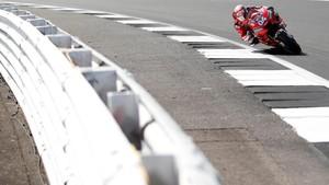 Tabrakan di MotoGP Inggris, Dovizioso Sempat Hilang Ingatan