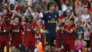 Mustafi dan Luiz, Duo Badut di Pertahanan Arsenal
