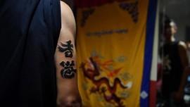 FOTO: Protes Hong Kong Lewat Gurat Tinta Tato