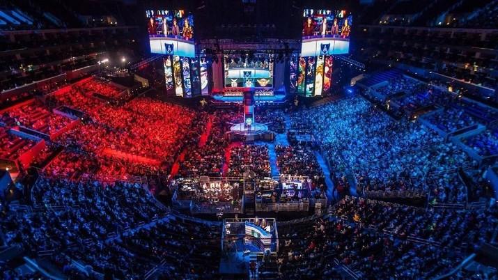 e Sport- 2018 League of Legends World (Lol E Sport)