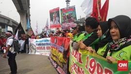 Gerakan Buruh Jakarta Konvoi Tolak Revisi UU Ketenagakerjaan