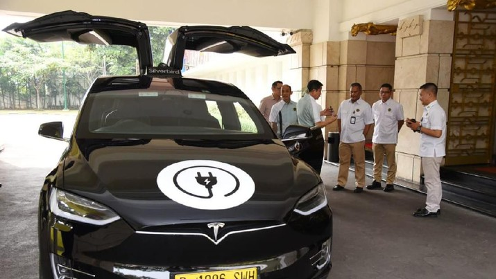 Mobil listrik di Indonesia butuh pembuktian terutama soal keandalannya.