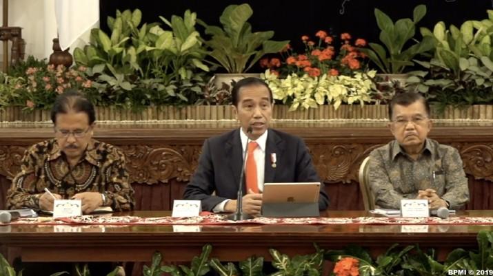 Jokowi resmi mengumumkan ibu kota pindah ke Kaltim.