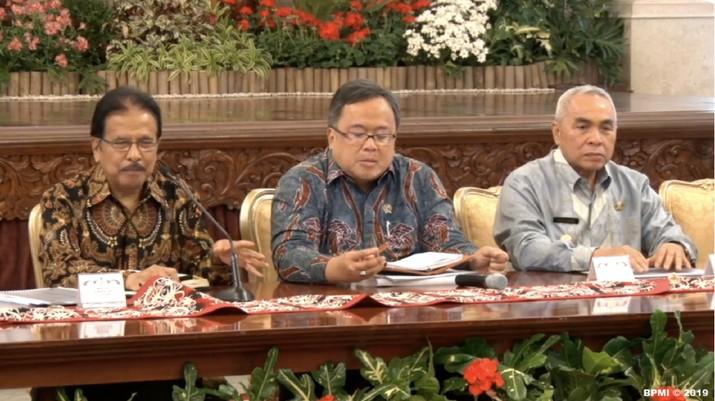 Presiden Joko Widodo (Jokowi) memutuskan untuk memindahkan ibu kota RI dari Jakarta ke Pulau Kalimantan.