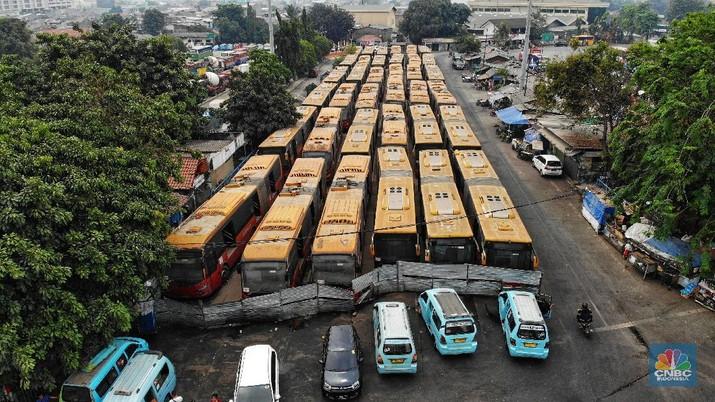 Bus legendaris tersebut merupakan generasi pertama saat Transjakarta pertama kali dijajal, 2014 silam.