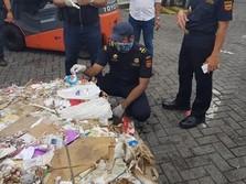 Perang Dagang Jadi Biang Kerok Banjirnya Impor Sampah ke RI?