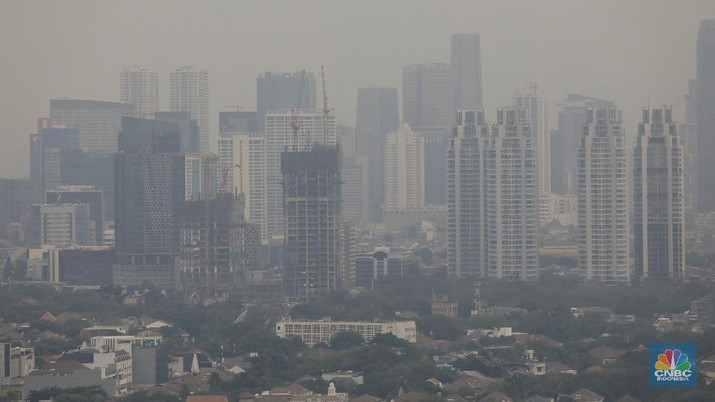 Suasana gedung bertingkat di Jakarta, Selasa (27/8/2019). (CNBC Indonesia/Andrean Kristianto)