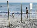 FOTO: Pantai yang 'Lahir' dari Pabrik Kimia
