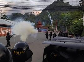 Demo Mahasiswa di Jayapura Papua, Aparat Blokade Jalan