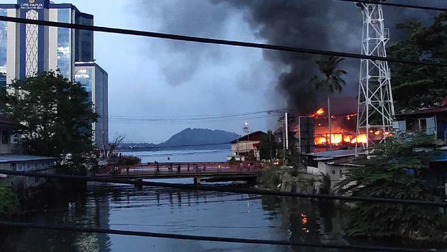 BTS Telkomsel Jayapura Sempat Terbakar, Kini Pulih 98 Persen