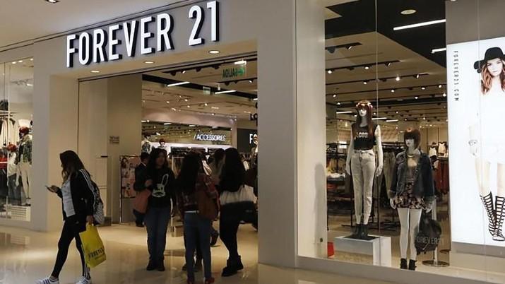 Demo Berlanjut, Forever 21 Tutup Semua Toko