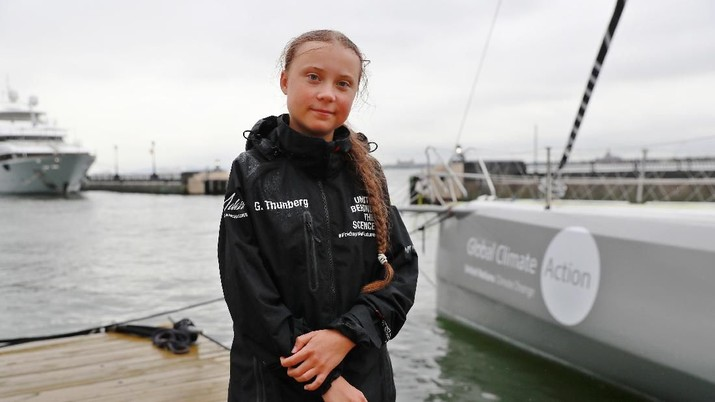 Aktivis perubahaan iklim umur 16 tahun melintasi laut Atlantik untuk pertemuan dengan PBB demi mengurangi emisi karbon.