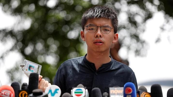 Joshua Wong, yang menggerakkan demonstrasi di Hong Kong, ditangkap pemerintah China Jumat (30/8/2019)