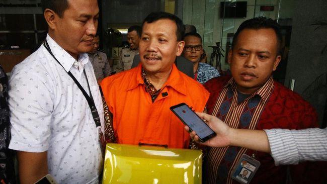 KPK Perpanjang Penahanan Iwa Karniwa Terkait Suap Meikarta