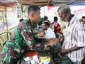 TNI Gelar Pengobatan Massal Bagi Warga Papua di Perbatasan