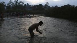 FOTO : Hari Penuh Cinta untuk Ayah di Nepal