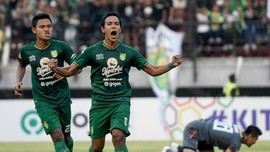 Hasil Liga 1: Persebaya Hajar Arema 4-1