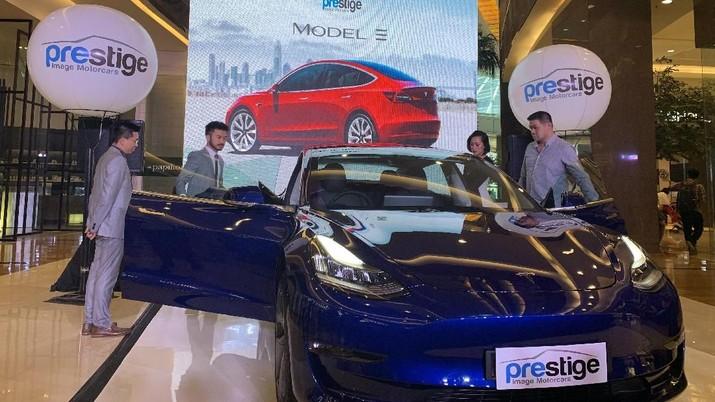 Incar Milenial Kantong Tebal, Tesla Model 3 Siap Banjiri RI